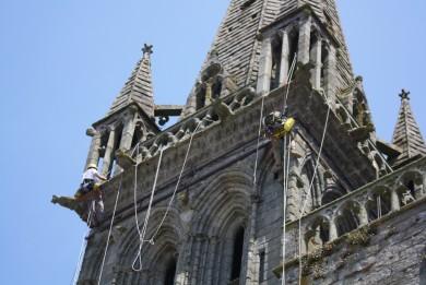Dévégétalisation de la cathédrale de St Pol de Léon