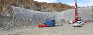 Pose de filets pour la mise en sécurité des falaises - Carrière de Lotodé - Vannes