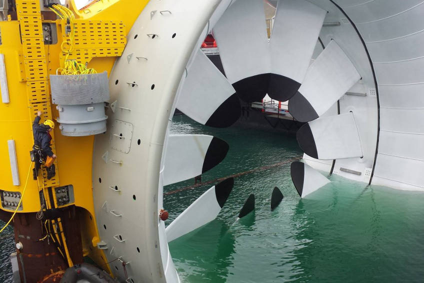 Vertica au travail sur l'hydrolienne DCNS