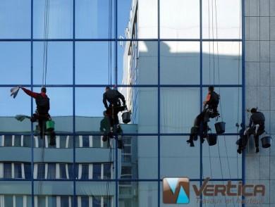 lavage de vitres - vertica
